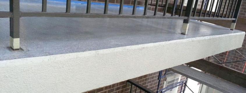 теч от хидроизолация на балкон / тераса
